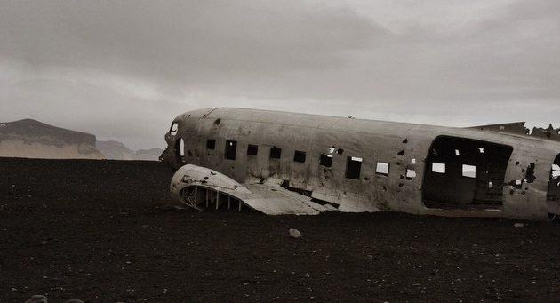 DC-3 IJsland Strand