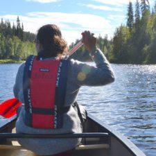Door Fins Lapland met de kano